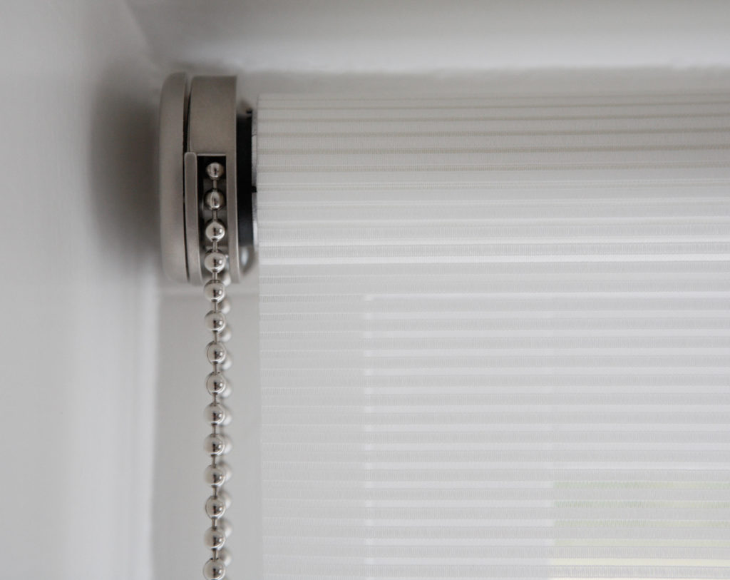Metal Chain on Roller Window Blinds